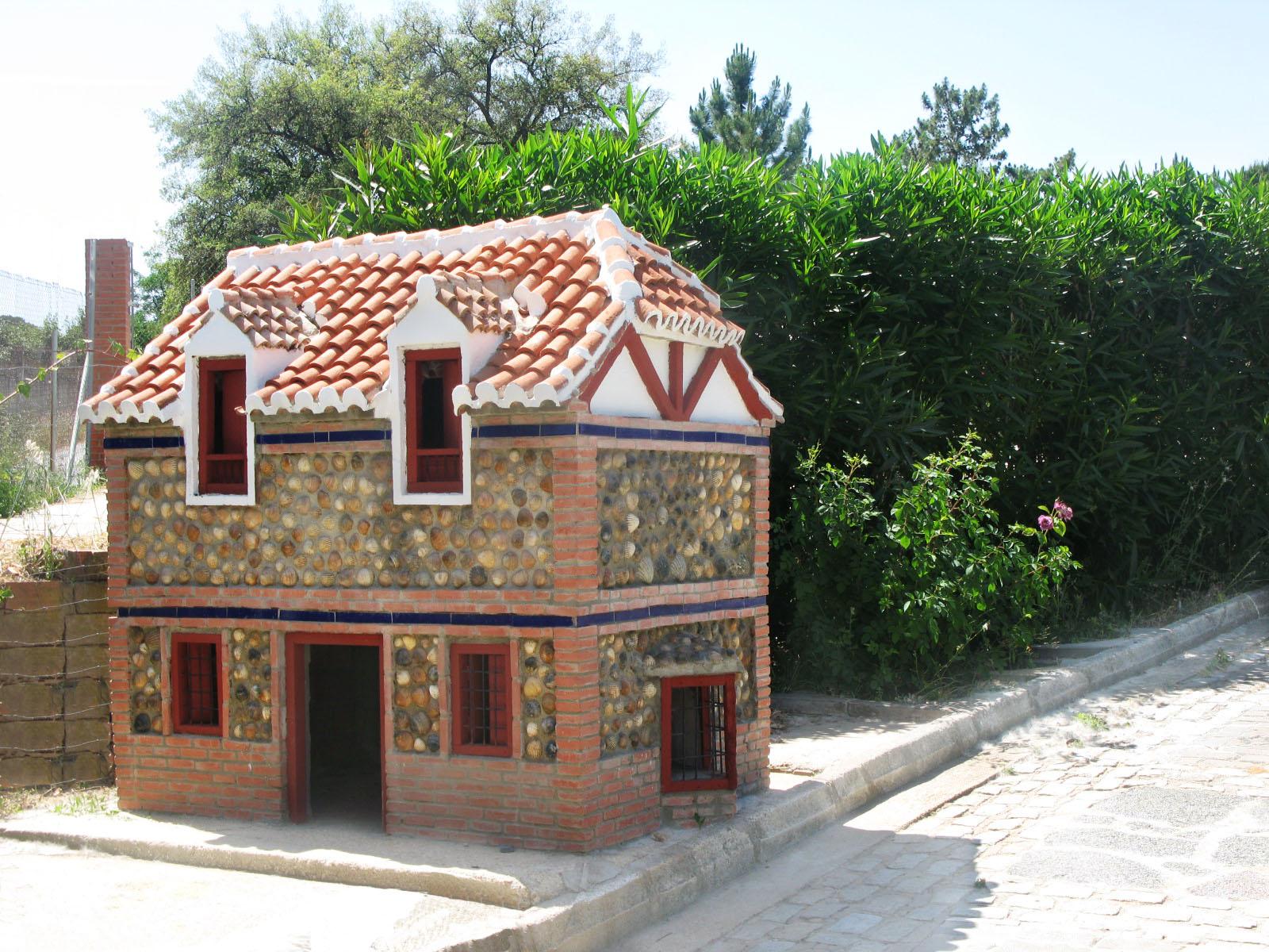 Casa de perro estilo ingl s parque miniaturas - Casas en ingles ...