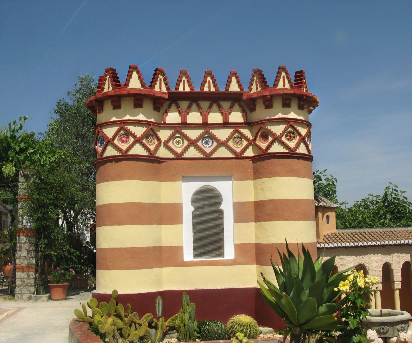 El costurero de la reina parque miniaturas villasudores for Oficina de turismo sevilla